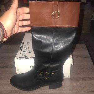 Women's Rampage brand two tone boots.